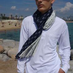 Bufanda hombre edición limitada, pieza única Fashion, Sustainable Fashion, Navy Blue, Scarves, Elegant, Men, Moda, Fashion Styles, Fashion Illustrations