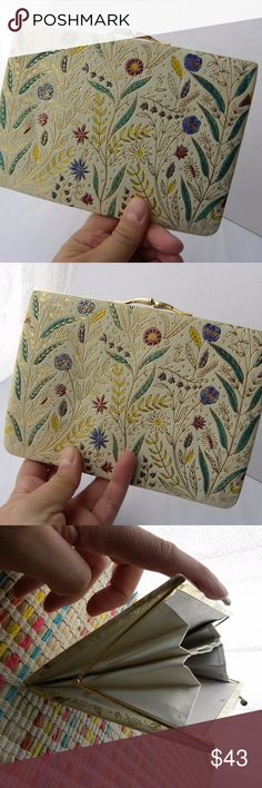 """Vintage Women's Purse Evening Clutch Ivory Floral Vintage  Beautiful Women's Purse Evening Clutch  Color Ivory with colorful Floral Print outlined in color Gold  Structure and Clasp Clip in color gold Might be Leather but I could be wrong and is vegan.   Very good shape, inside and out.  Measure: 5X7.5""""  Great condition, one of the claps is a little less shine and golden than the other, for the regular. vintage Bags Clutches & Wristlets"""