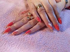 #nailarts#nails#hybdryd nails#semilac#triangle#tuttifrutti#mermaid effect#beautiful nails#spring nails