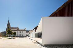 A reconstrução do Palácio da Igreja Velha, assinada pelo gabinete português