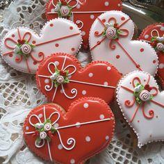 Pretty sugar cookies in a heart shape! @teri_pringle_wood