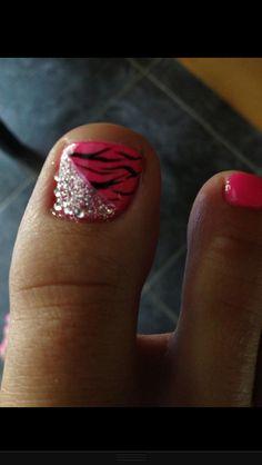 Cute big toe design