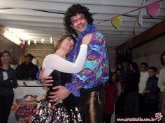 Magal agitou a festa de 50 anos da Lúcia com O meu sangue ferve por você e muitas surpresas!   Faça diferente, faça a diferença! Dê Telegrama Animado !!!