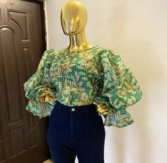 Classy Dress, Classy Outfits, Stylish Outfits, Cool Outfits, Fashion Outfits, African Wear Dresses, African Fashion Ankara, African Print Fashion, Business Outfits Women