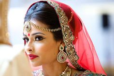 7 Breathtaking Maang Tikka Styles You Can Steal From These Gorgeous Indian…