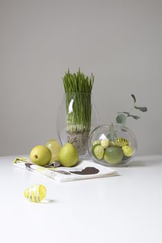 Ball glass vase | Pentik | Ball glass vase is perfect for atmospheric candle-light table settings as well as for displaying flowers. The upper part of the vase can accompany a small tealight.
