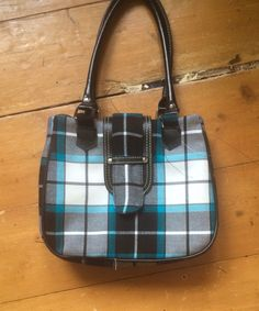 My first attempt on a tartan bag , Bonnie shadow Tartan, Plaid, Dance Outfits, Totes, Dancing, Velvet, Purses, My Style, Bags