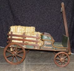 Miniature Ranch Wagon : Lot 342