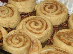 Carmel Pecan Rolls to go with the cinnamon roll recipe