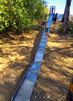 Fun Giant Slides at Santiago Park Nature Preserve in Santa Ana http://www.sandytoesandpopsicles.com/orange-county/giant-slides-in-santa-ana/
