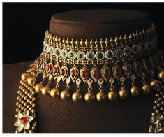 Antique Jewellery Designs, Gold Jewellery Design, Indian Bridal Jewelry Sets, Gold Mangalsutra Designs, Video Card, Chokers, Gold Necklace, Fashion Jewelry, Jewels