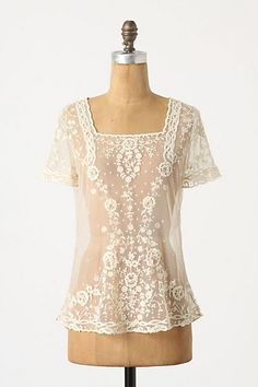A very romantic style. {of course worn with a camisole beneath} ;) This looks very Edwardian style! :D <3
