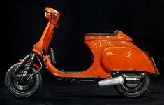 <h1>Custom Vespa Primavera 125</h1> <p>Vespa Umbau auf Basis einer Primavera 125 Karosse mit diversen Custom Features und über 30 PS.</p>