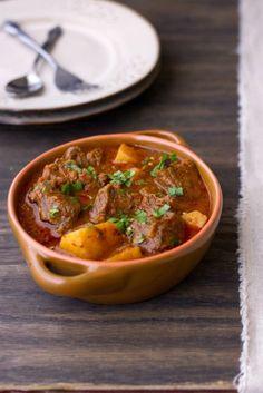 pakistanische Küche - Aloo Gosht