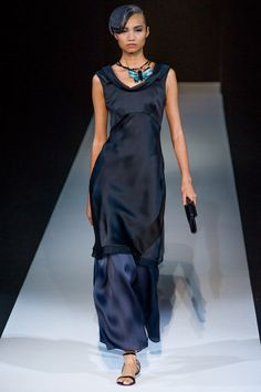 Giorgio Armani Spring 2013 RTW - Review - Fashion Week - Runway, Fashion Shows and Collections - Vogue - Vogue