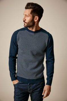 Be dashing in this dogtooth crew neck jumper from Next!