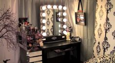 Broadway Lighted Vanity Makeup Desk - Home Furniture Design Bedroom Makeup Vanity, Makeup Vanity Mirror, Vanity Desk, Makeup Rooms, Vanity Lighting, Makeup Desk, Vanity Mirrors, Dupe Makeup, Vanity Tables