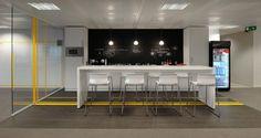 Cafétéria dans les bureaux de Robert Walters à Bruxelles, Belgique