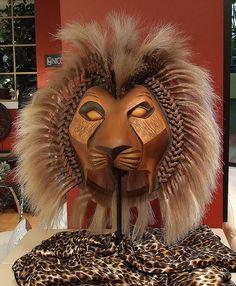 lion king live costume photo   Lion King Broadway Simba. Notee detail around mane