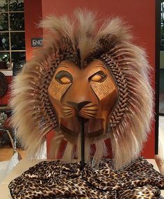 lion king live costume photo | Lion King Broadway Simba. Notee detail around mane
