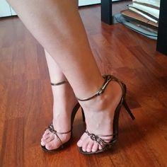 Copper/brown Brown glossy strappy heels from Brazil. Used n/a Shoes Heels Sexy Sandals, Strappy Heels, Pumps Heels, Stiletto Heels, Stilettos, Sexy Legs And Heels, Hot High Heels, Hot Shoes, Crazy Shoes