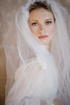 dewy, perfectly pink make up + vintage veil /  Squaresvilles Studios