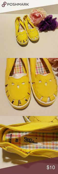Perfect Summer Shoe!!?????? Casual bright yellow canvas flats. New never worn still with the original packaging. Dr. Leonard's Shoes Flats & Loafers