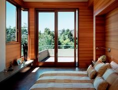 WHAT KIND OF WOOD IS USED ON THE WALL HERE - Houzz