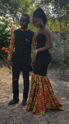 African Couple's outfit/ couple prom dress/ankara outfit for couple/ dashiki couple outfit /wedding suit/african men's clothing African Prom Dresses, African Wedding Dress, African Fashion Dresses, African Dress, Couples African Outfits, Couple Outfits, African Attire, African Men, Africa Fashion