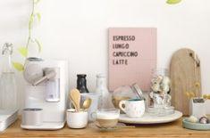 Porta bicicleta de pared – La Vida en Craft Nespresso Lattissima, Wall Mount Bike Rack, Indoor Games, Sewing For Beginners, Kettle, Diy And Crafts, Room Decor, Baby Shower, Coffee