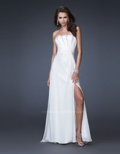 La Femme 16070 💟$378.00 from http://www.www.lustparties.com   #promdress #sexy #girl #dress #princess #la #femme #prom