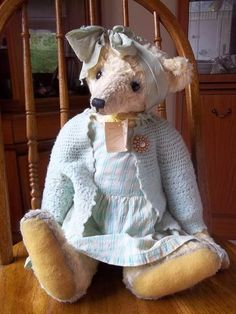 Lindsey OOAK (Free UK Postage) by By Tonni Bear   Bear Pile