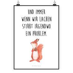 """Poster DIN A2 Eichhörnchen mit Nuss  aus Papier 160 Gramm  weiß - Das Original von Mr. & Mrs. Panda.  Jedes wunderschöne Poster aus dem Hause Mr. & Mrs. Panda ist mit Liebe handgezeichnet und entworfen. Wir liefern es sicher und schnell im Format DIN A2 zu dir nach Hause.    Über unser Motiv Eichhörnchen mit Nuss   Unser Eichhörnchen aus der """"Small World"""" - Kollektion freut sich, dass es so eine große Nuss gefunden hat.     Verwendete Materialien  Es handelt sich um sehr hochwertiges und…"""