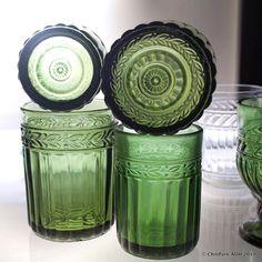 J T Stromberg (@arpa0nheitetty) • Instagram-kuvat ja -videot Lassi, Old Ads, Glass Ceramic, Vintage Dishes, Glass Design, Glass Art, Mason Jars, Perfume Bottles, Old Things