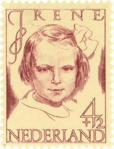 1946 | S.L. Hartz | wijnrood | prinses Irene