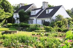 Garden Visit: Bunny Mellon at Oak Spring Farms : Gardenista Heating A Greenhouse, Bunny Mellon, Funeral Flowers, Weekend Projects, Private Garden, Jackie Kennedy, Dream Garden, Architecture Details, Backyard Landscaping