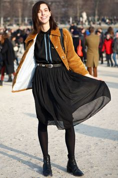 29 Outfit Ideas From The Streets Of Paris Fashion Week