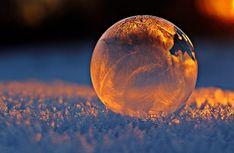 Auswirkungen der Wintersonnenwende 2020 auf unsere Gesundheit Free Sky, Aquarius Season, Moon Fairy, Soap Bubbles, Winter Pictures, Black N White Images, Important Dates, Free Stock Photos, Intuition