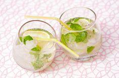 Alkoholiton mojito Mojito, Fresh Rolls, Summer Time, Smoothies, Drinking, Lime, Baking, Ethnic Recipes, Party