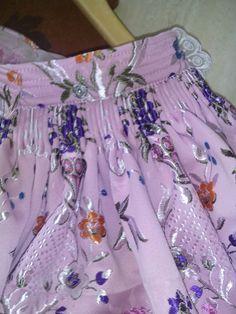 Eli&Art: Como coser Falda Fallera (confección paso a paso). Steampunk Halloween, Bustle Skirt, Boho Shorts, Costumes, Summer Dresses, Floral, Skirts, Fabric, Pink