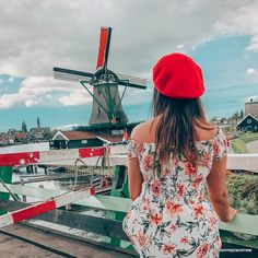 A 2 day Amsterdam itinerary with sightseeing and travel tips, and a quick day trip to the countryside. Find out how we spend 2 days in Amsterdam itinerary. 2 Days In Amsterdam, Amsterdam Map, Amsterdam Itinerary, Visit Amsterdam, Anne Frank House, Dam Square, Van Gogh Museum, Red Light District, Madame Tussauds