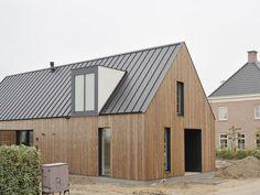 Modern Barn House, Timber House, Modern House Design, House Cladding, Timber Cladding, Modern Exterior, Exterior Design, Casa Patio, Long House