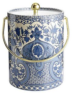 What an unique ice bucket! Perfect for people who like blue and white decor.