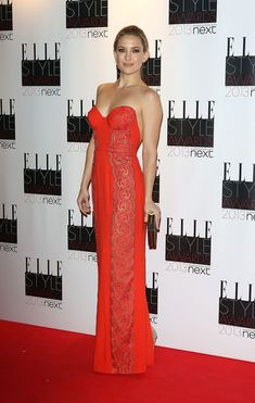 Kate Hudson Strapless Dress - Kate Hudson looked statuesque in her red bustier gown with a dipped back at the Elle Style Awards.