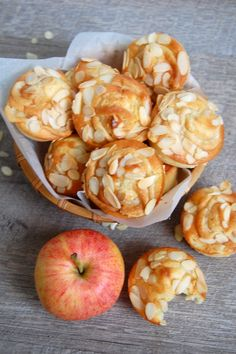 ****cheez so**** Muffins Pomme & Amande Mini Cakes, Cupcake Cakes, Cupcakes, Almond Muffins, Cuisines Diy, Delicious Desserts, Yummy Food, Sugar Detox, Croissants
