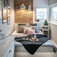 """503 curtidas, 8 comentários - Casa De Menino (@casademenino) no Instagram: """"Quem disse que o quarto pequeno é difícil de decorar? Nesta inspiração, a escolha dos acabamentos…"""""""