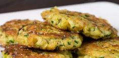 Taste this Authentic Italian Recipe, Potato&Zucchini Medallions are a tasty main dishes and they are made with. Cucumber Recipes, Veggie Recipes, Vegetarian Recipes, Cooking Recipes, Healthy Recipes, Zucchini Burger, Zucchini Patties, Zucchini Pancakes, Potato Cakes