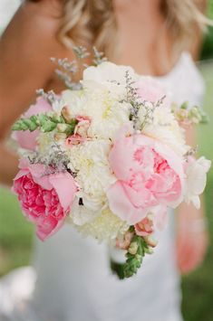LOVE pinks, whites, and greens together. These are my favorite wedding colors to photograph. <3