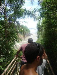 Caminhando pelas belas Cataratas do lado argentino!