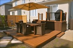 Patio Plus - Patios niveaux Patio Images, Small Backyard Decks, Backyard Living, Outdoor Deck Furniture, Backyard Landscaping Designs, Pergola Plans, Shed Homes, Outdoor Living, Backyard Renovations